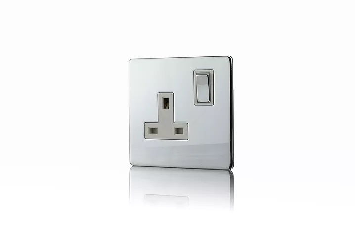 Premspec 1G 13A DP Switched Socket Screwless in Polished Chrome with White Inserts