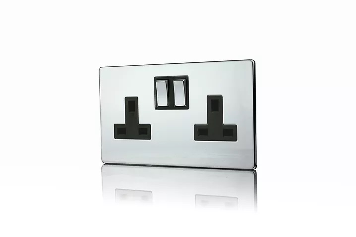 Premspec 2G 13A DP Switched Socket Screwless in Polished Chrome with a Black Insert