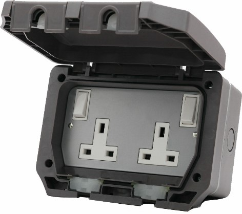 IP66 DP 2G SWITCHED SOCKET